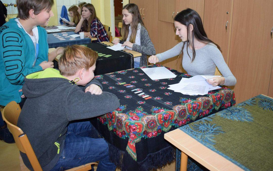 Andrzejki w świetlicy gimnazjum